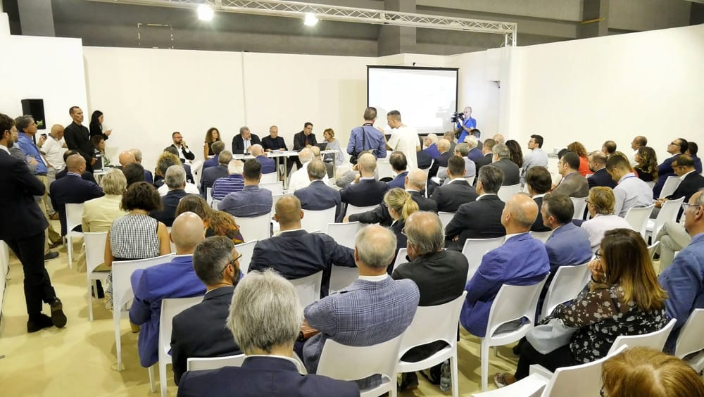 Emiliano premia le eccellenze industriali del sistema Puglia